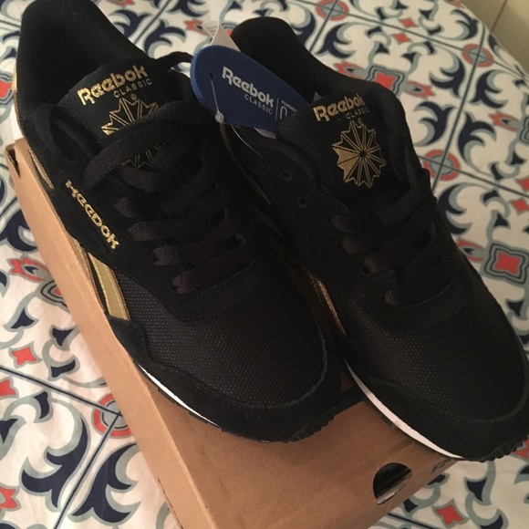 Reebok Classic Royal Ultra SL - Black and Gold f619165c5